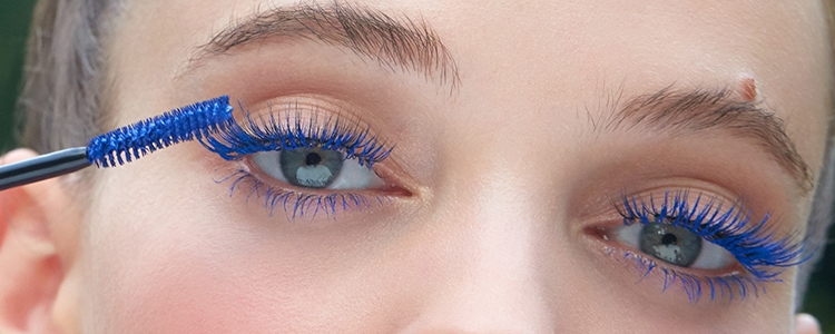 Eyelashes make up color