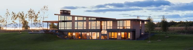 custom expansive windows hyland home
