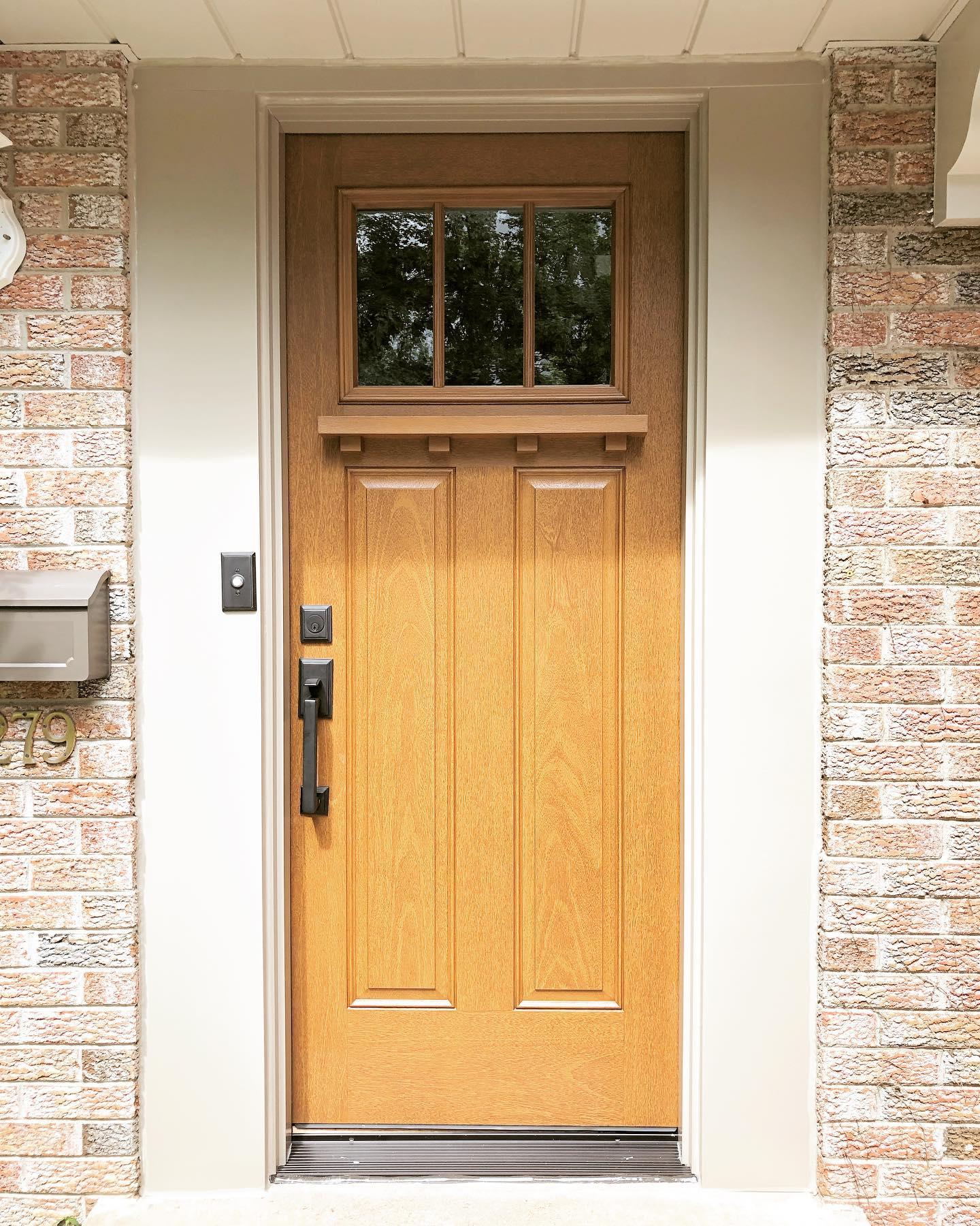 Craftsman Style Front Door Made Of Durable Fiberglass Pella