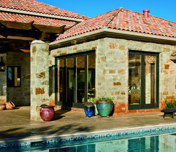 AST-bifold-home-with-pool