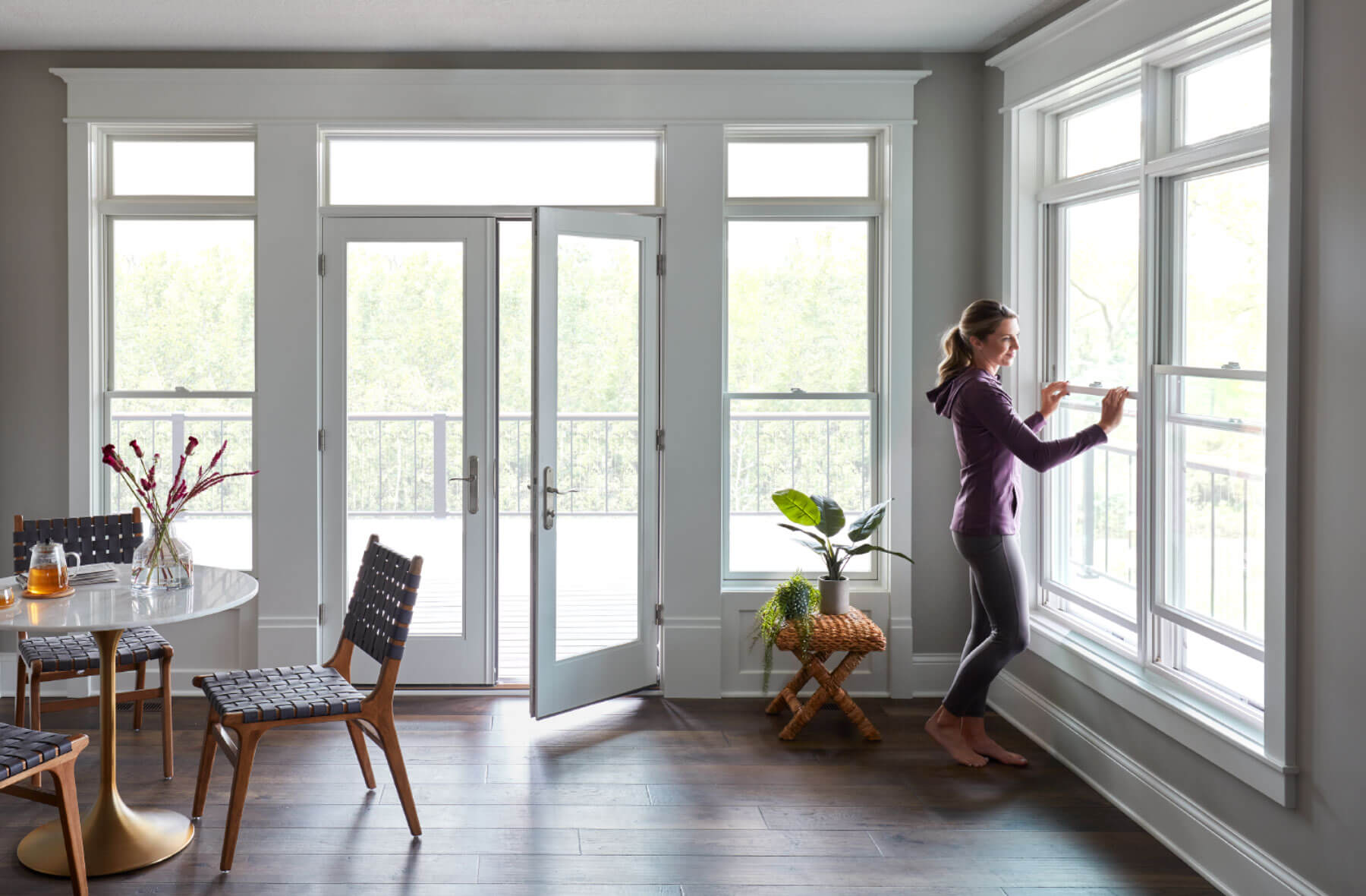 sunroom-french-doors-doublehung-windows