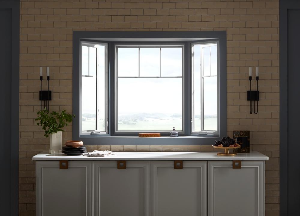 Bay Window Brings Classic Design To Home S Architecture Pella