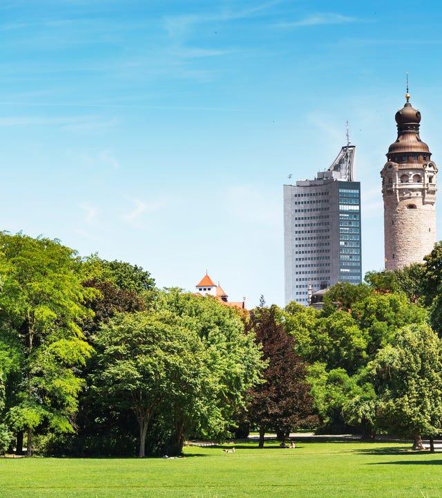 Die größte Stadt im Freistaat Sachsen. Im Bild Clara Zetkin Park in Leipzig.