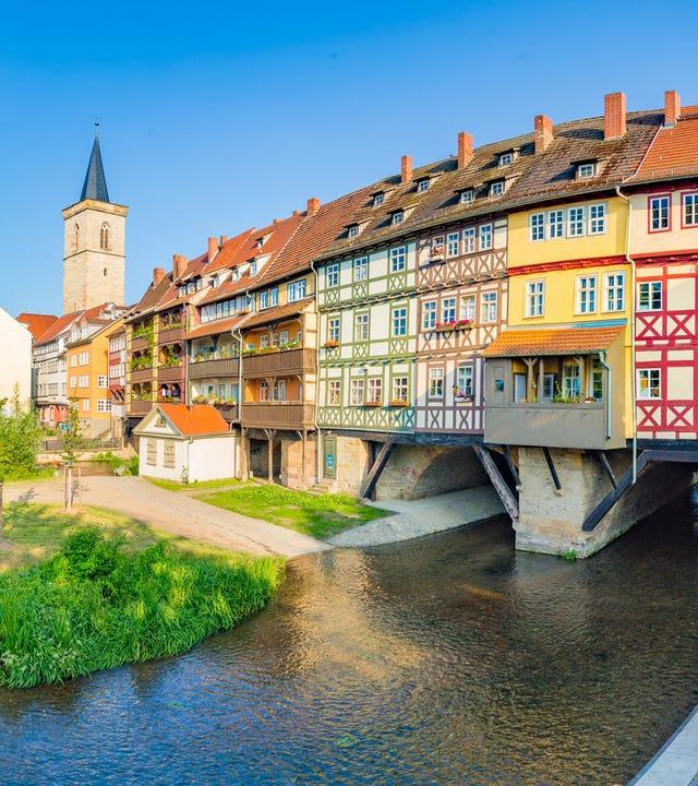 Historische Stadt Zentrum von Erfurt in Thüringen mit berühmter Krämerbrücke